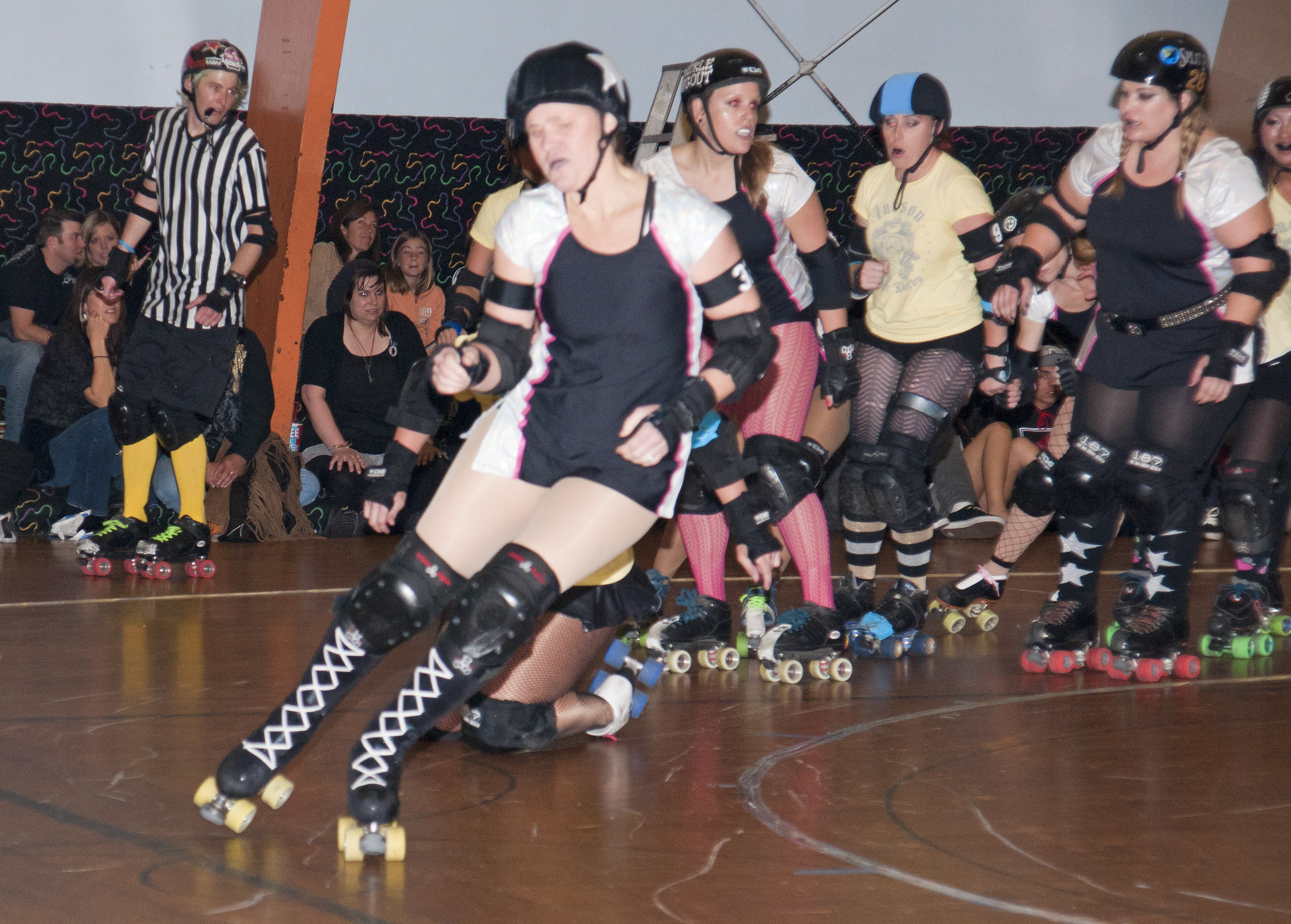 RollerDerby-Referees04