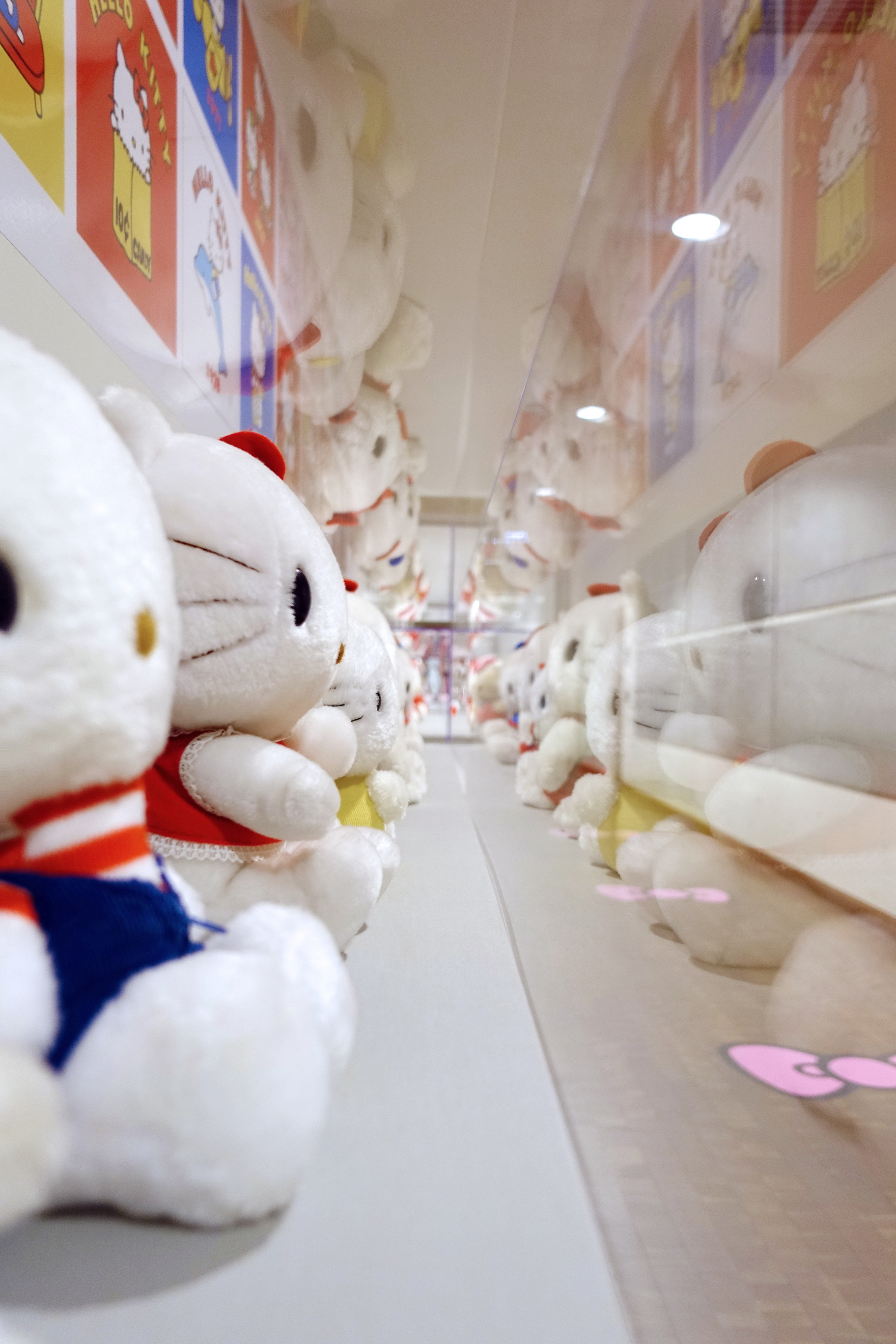 Hello-Kitty-For-Everyone13
