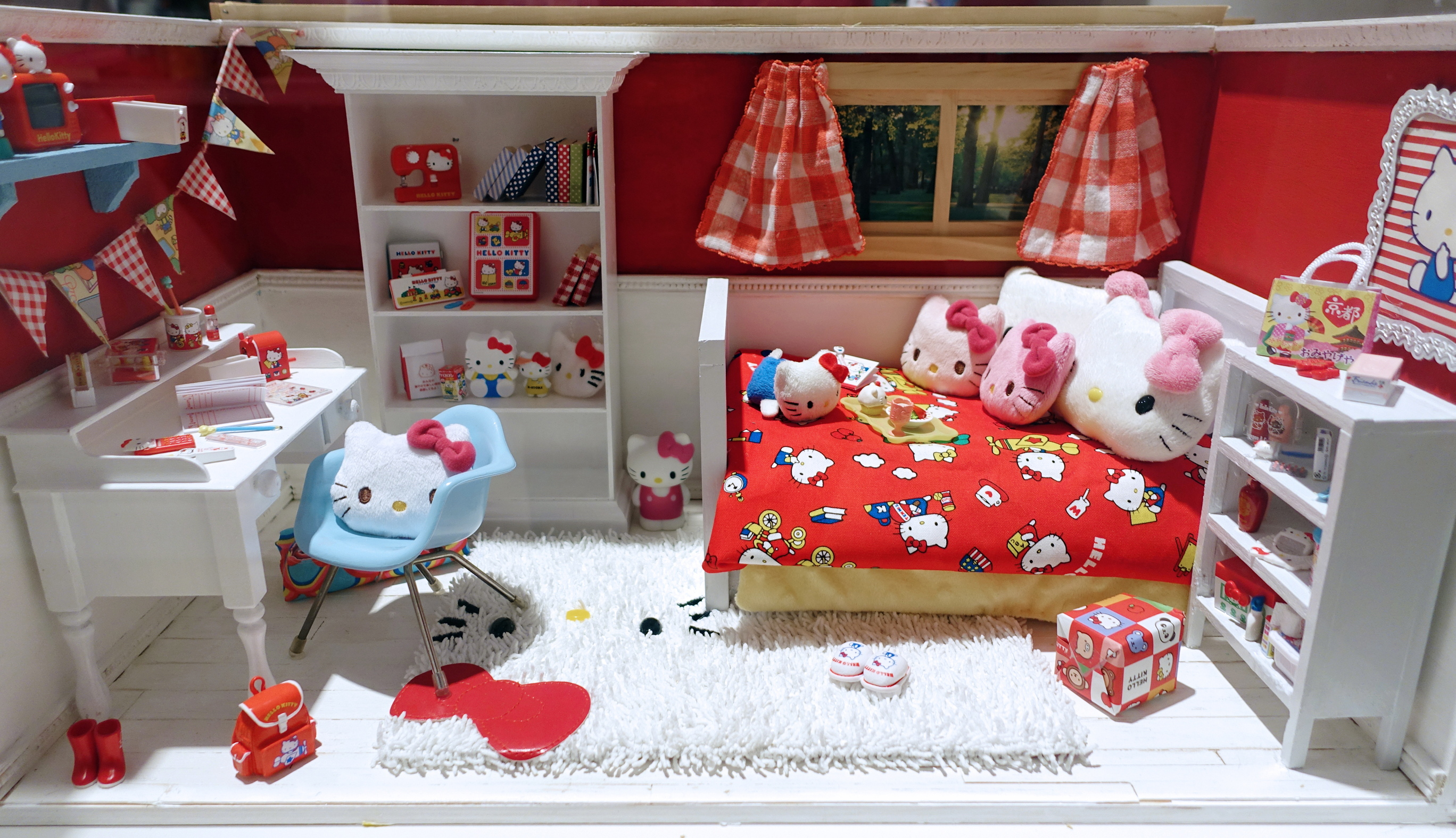 Hello-Kitty-For-Everyone19