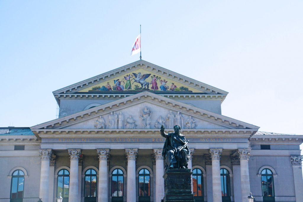 Bayerische Staatsoper.