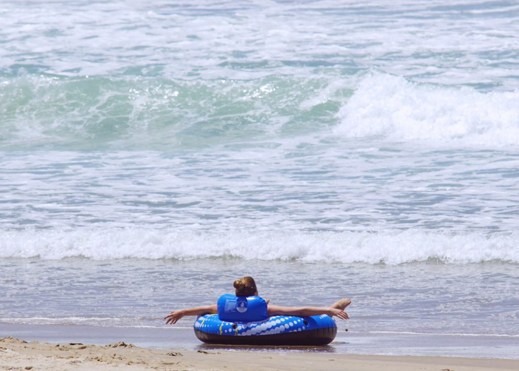 Float safely on the sand.