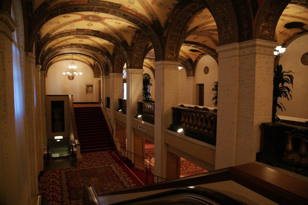 The upper Galeria.