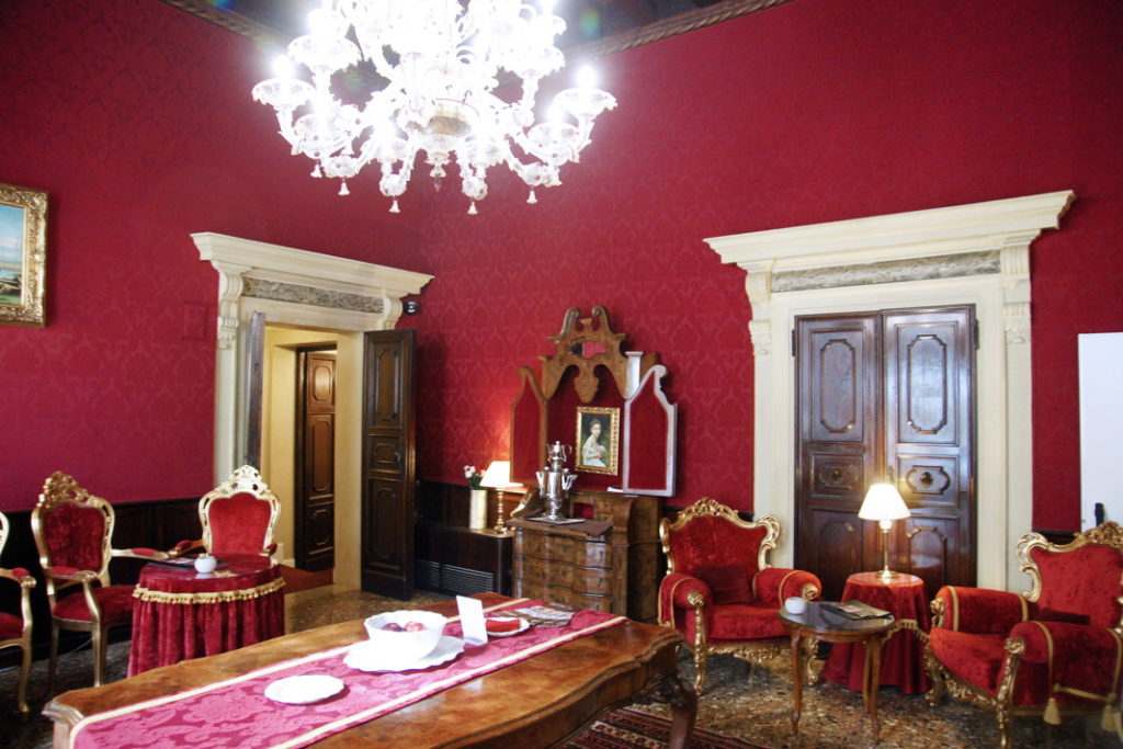 Palazzo Paruta formal sitting room.