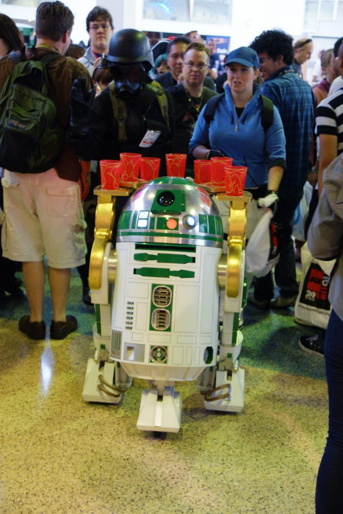 I *know* that R2D2 is not an anime character.