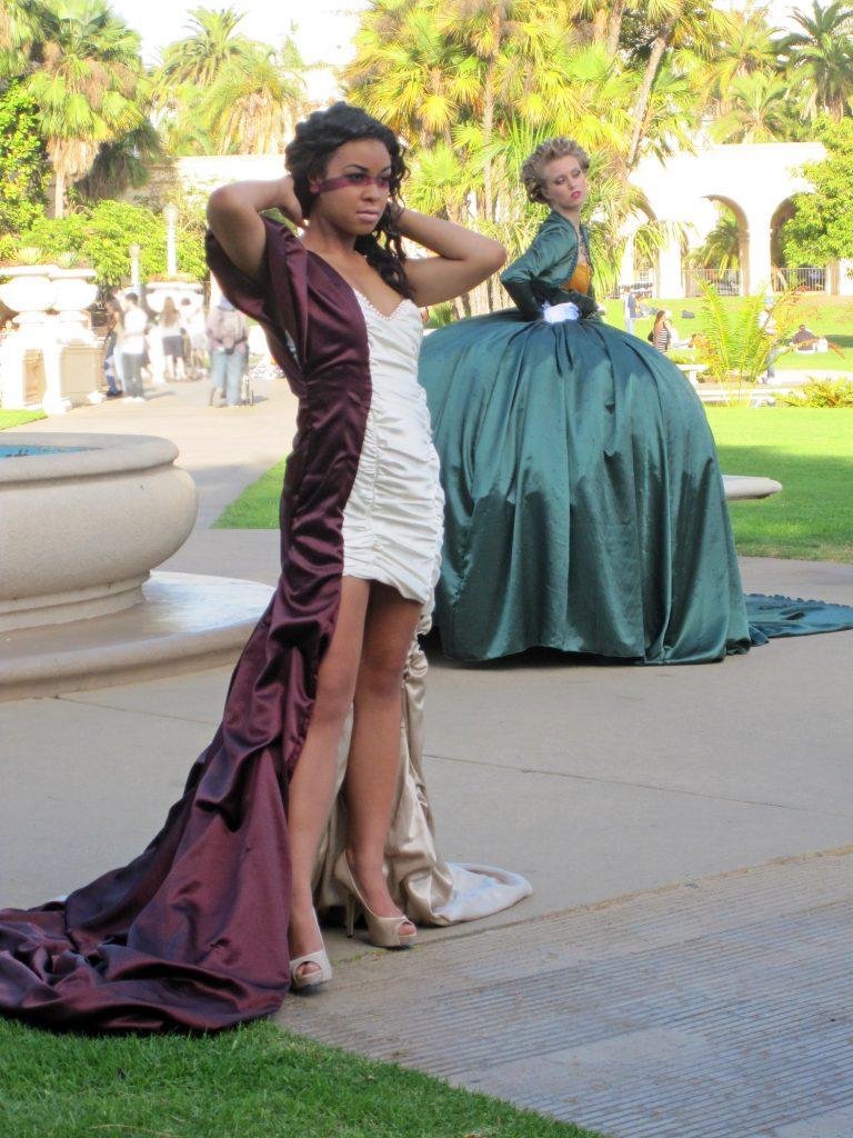 Models modelling.