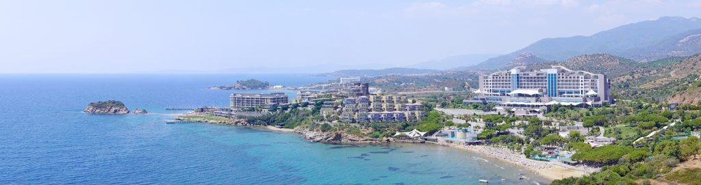 A coastal resort on the road to İzmir.