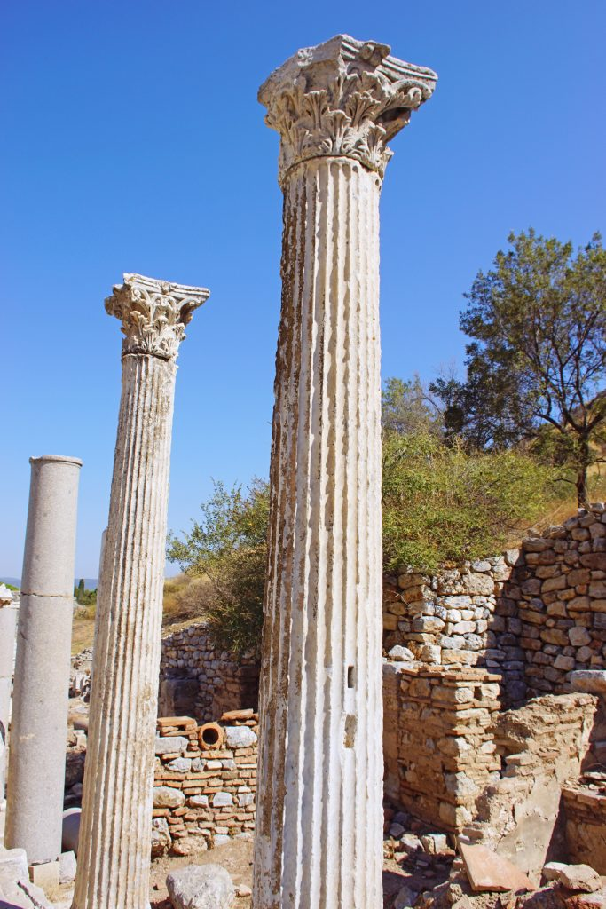 An example of Corinthian columns in Ephesus.