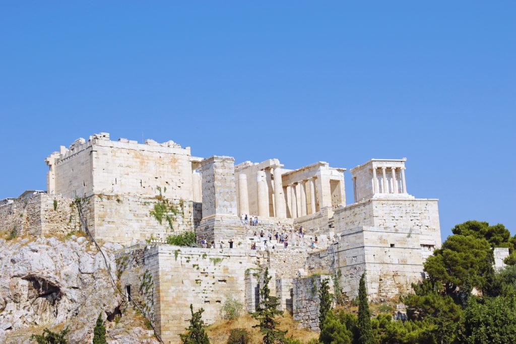 A view to the Propylaea.