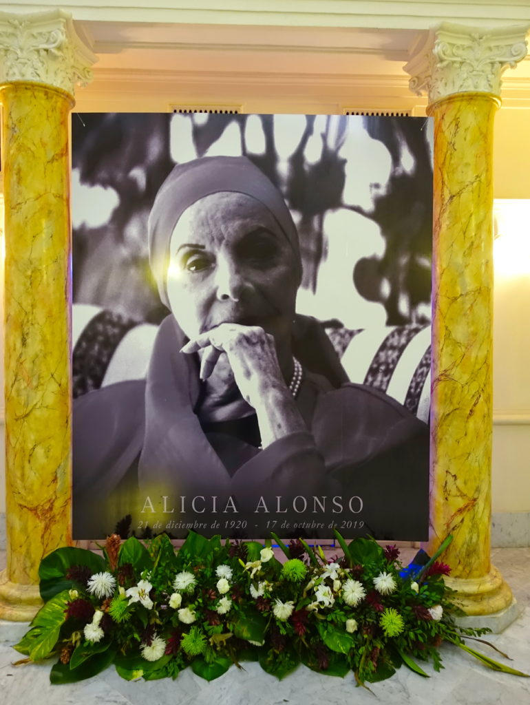Alicia Alonso, Prima ballerina assoluta.