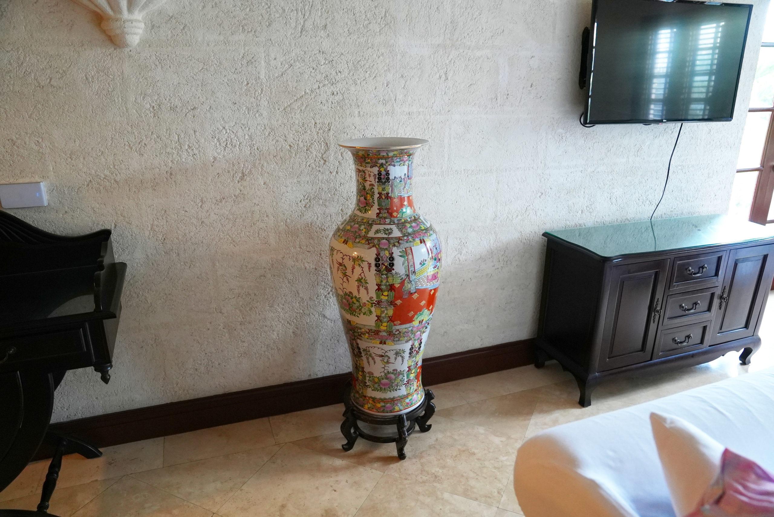 The comedy vase.
