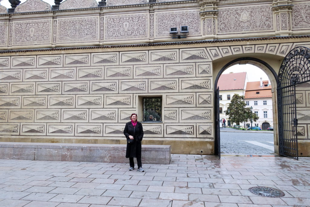 A closer look at the walls.